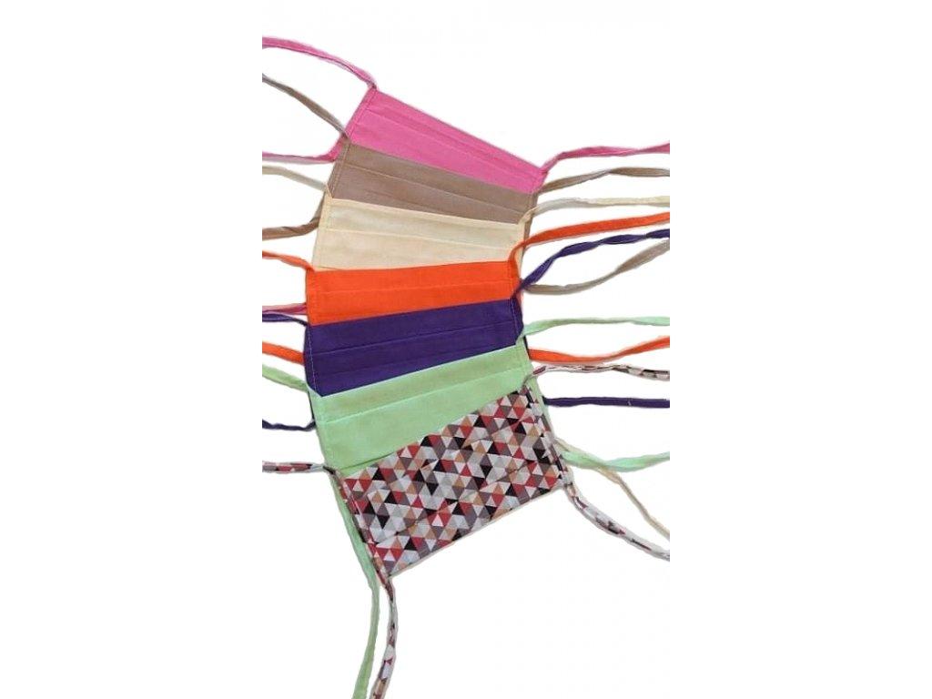Roušky se zavazováním na čtyři tkaničky